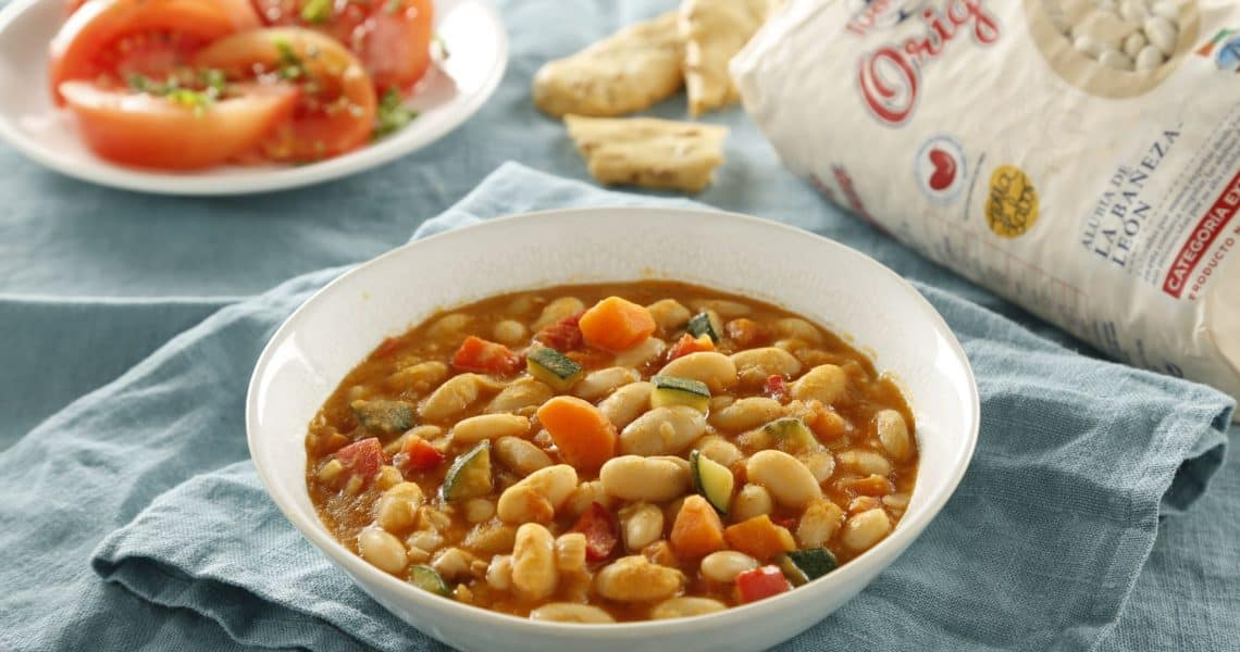 Snugly beans with vegetables