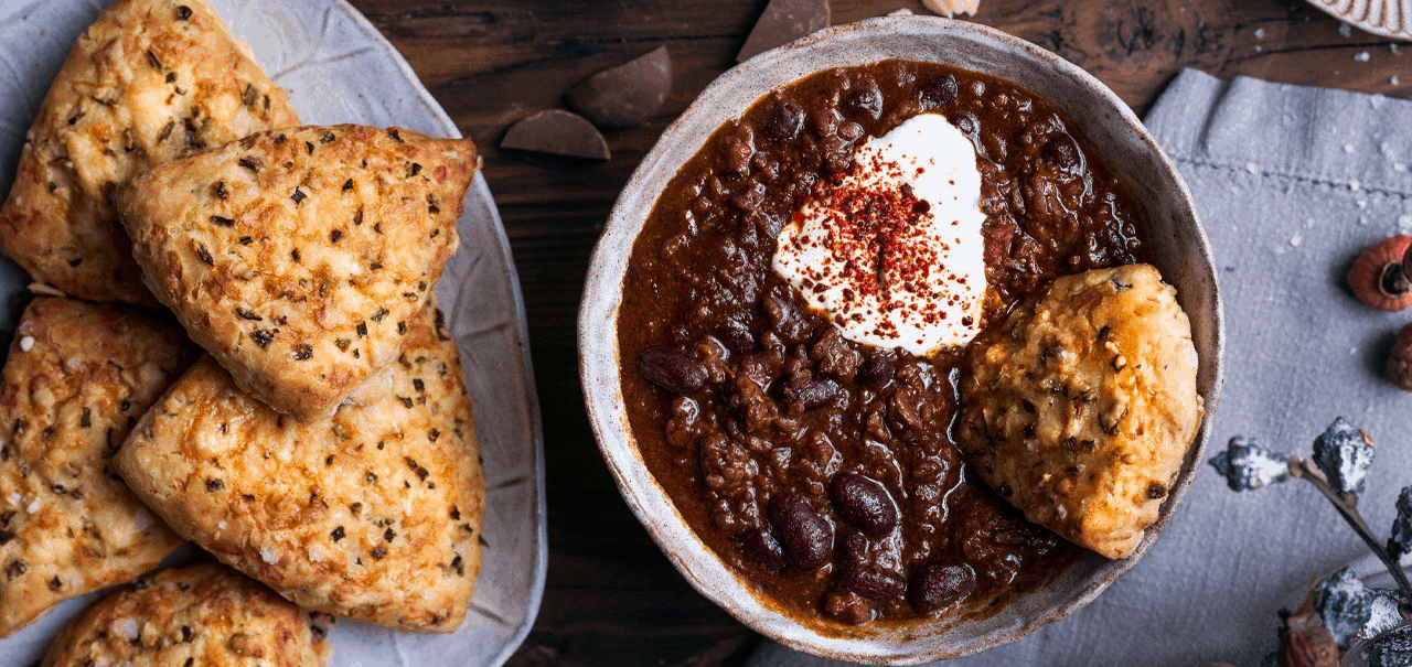 Beef chilli with Jalapeño Cheddar Scones